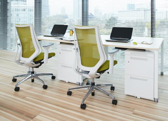 中古オフィス家具の販売をしているリスタです。<span>法人の皆様にコストダウンや効率化へのメリットを感じていただくためにリユースショップの運営にとどまらず、多彩なサービスを創造し、これからの時代へ価値あるご提案を続けてまいります。</span>