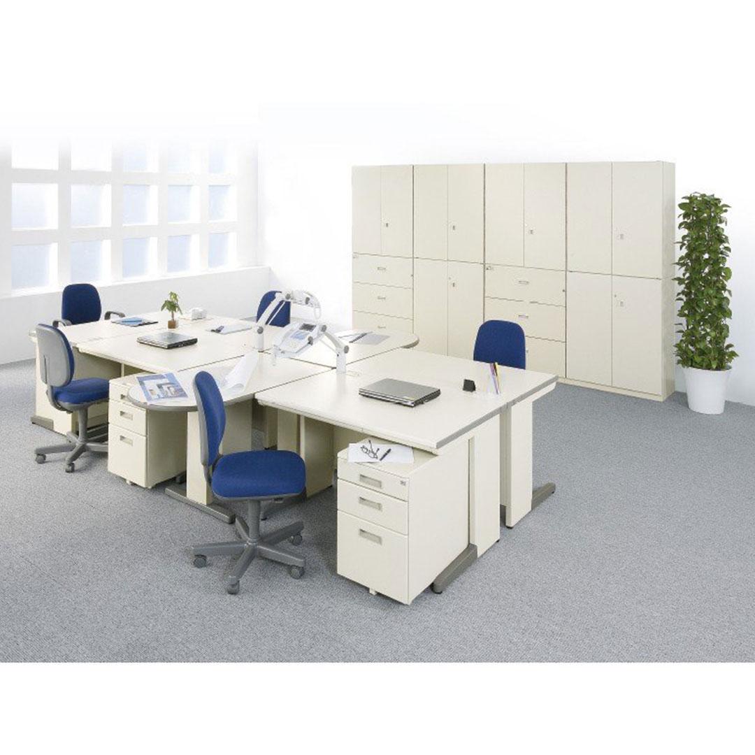 オフィスデスク OAデスク 事務机 使用例